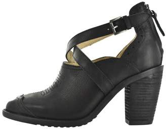 Gee WaWa Black Leather Heel