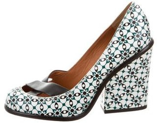 Marc by Marc Jacobs Leather Round-Toe Pumps $95 thestylecure.com