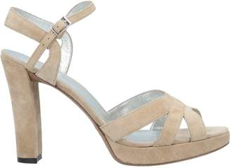Free Lance Sandals