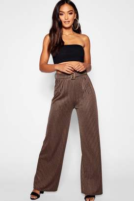 boohoo Petite Dogtooth Check Belted Wide Leg Trouser