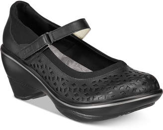Jambu Jbu by Alicante Mary Jane Pumps Women's Shoes