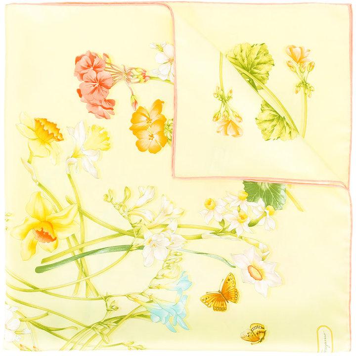 Salvatore FerragamoSalvatore Ferragamo floral print scarf