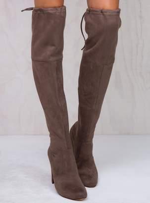 Lipstik Mocha Skarlett Boots