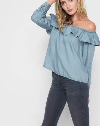 7 For All Mankind Long Sleeve Ruffled Off Shoulder Top in Hudson Sky