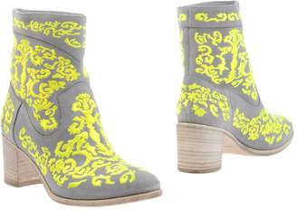 Alberto Guardiani Ankle boots - Item 11255784HM