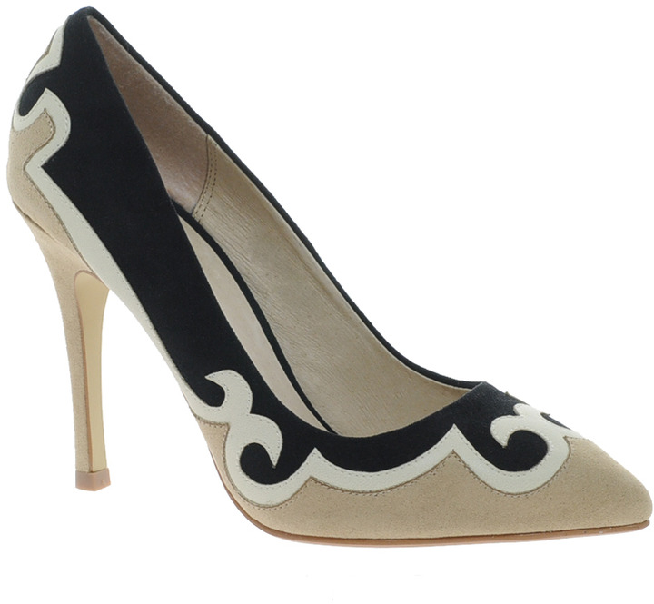 Faith Caty Pointed Court Shoes