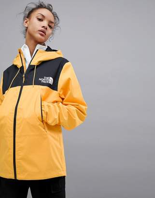 The North Face 1990 Mountain Q Jacket in Yellow