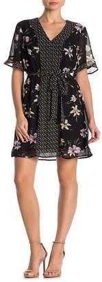 Daniel Rainn DR2 by Floral Contrast Flutter Sleeve Dress