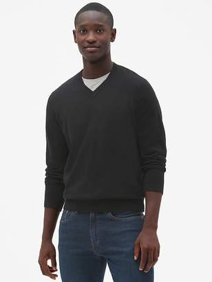 Gap V-Neck Pullover Sweater