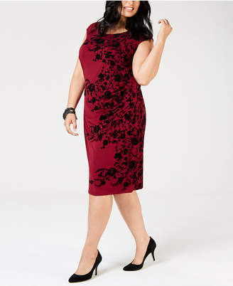 Jessica Howard Plus Size Ruched Metallic Floral Dress