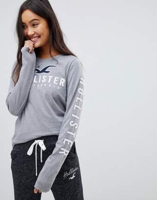 Hollister timeless long sleeve t-shirt