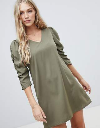 Vero Moda gathered sleeve shift dress