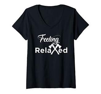 Womens Feeling Relaxed Axe Throwing Distressed Crossed Axes Gift V-Neck T-Shirt
