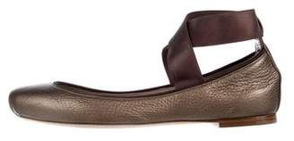 Chloé Leather Round-Toe Flats