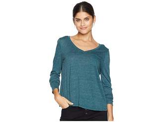 Chaser Tri-Blend Jersey Long Sleeve V-Neck Tulip Back Shirttail Pocket Tee