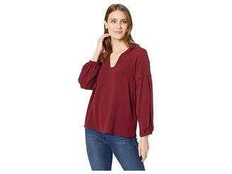 Vince Camuto Bubble Sleeve Soft Texture V-Neck Blouse