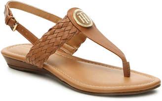 Tommy Hilfiger Junip Flat Sandal - Women's