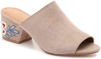 Restricted Funkytown Sandal - Women's