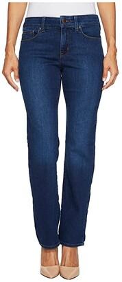 NYDJ Petite Petite Marilyn Straight Jeans in Cooper