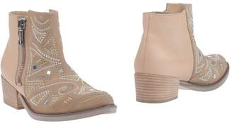 Janet & Janet Ankle boots - Item 11160245