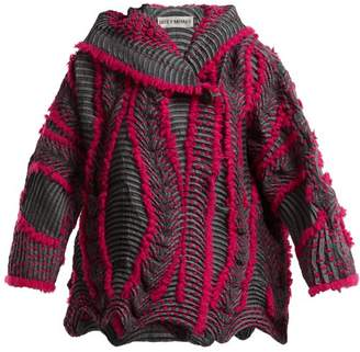 Issey Miyake (イッセイ ミヤケ) - Issey Miyake - Eagle Pleated Hooded Jacket - Womens - Pink