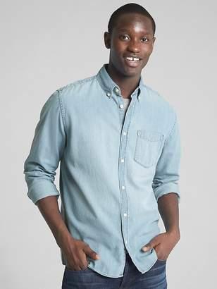 Gap Denim Standard Fit Pocket Shirt