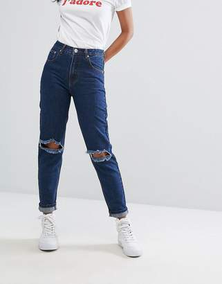 PrettyLittleThing Ripped Mom Jean