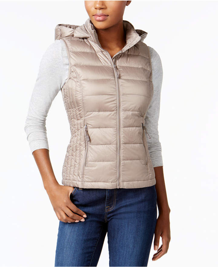 04652756bc5 Stay Warm this Winter with 32 Degrees Hooded Packable Down Puffer Vest!