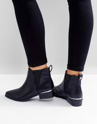London Rebel Metal Insert Heel Low Heel Chelsea Boot