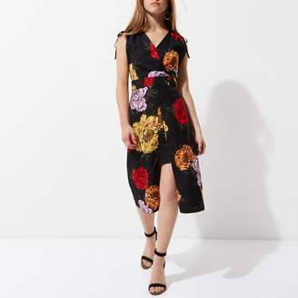 River Island Womens Petite Black floral wrap midi dress
