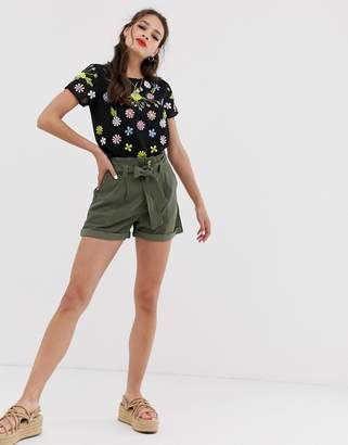 Miss Selfridge shorts with belt in khaki