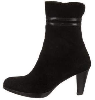 La Canadienne Suede Semi Pointed-Toe Boots