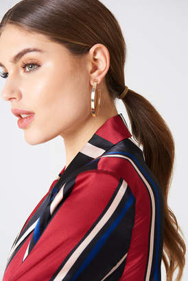 Na Kd Accessories Structured V-Shaped Drop Earrings