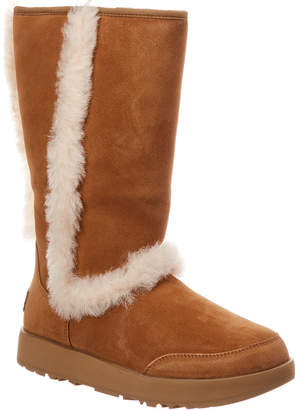 UGG Women's Sundance Waterproof Twinface Sheepskin Suede Boot