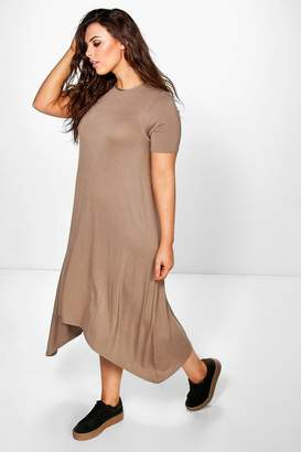 boohoo Plus Hanky Hem Swing Dress