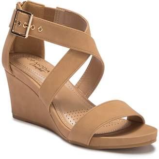 3e8b5e9c3 Top Moda Evrard Crisscross Wedge Sandal