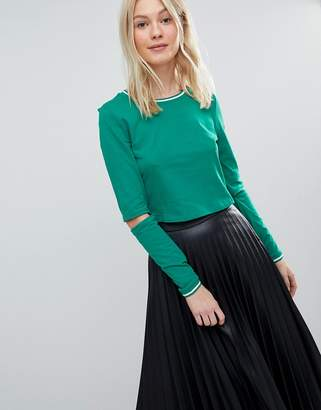 Vero Moda Sporty Crop Top With Cut Out Sleeve Detail