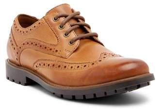 Clarks Curington Wingtip Leather Derby