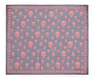 Alexander McQueenAlexander McQueen Classic skull silk scarf