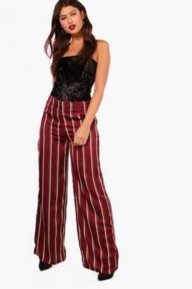 boohoo Kara Woven High Waist Wide Leg Trouser