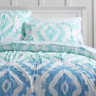 Pottery Barn Teen Kelly Slater Organic Ikat Shells Quilt, Full/Queen, Blue Multi
