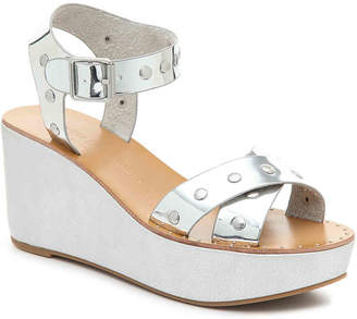 Chinese Laundry Ozzie Wedge Sandal - Women's
