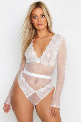 boohoo Plus Lace Long Sleeve Bodysuit