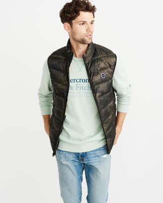 Abercrombie & Fitch Lightweight Packable Puffer Vest
