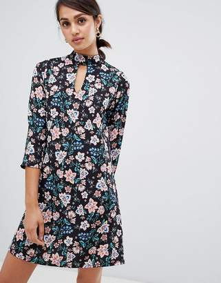 Girls On Film floral shift dress with choker neck detail