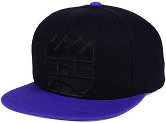 Mitchell & Ness Sacramento Kings Cropped Satin Snapback Cap