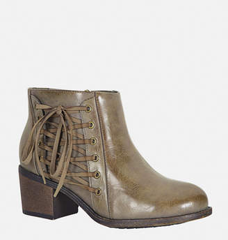 Avenue Harla Lace-Up Chunky Heel Ankle Boot