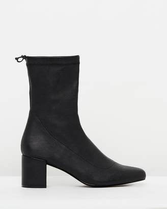 Atmos & Here ICONIC EXCLUSIVE - Belinda Ankle Boots