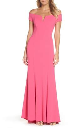 Vince Camuto Notched Off the Shoulder Trumpet Gown