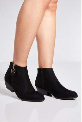 Quiz Black Ring Pull Ankle Boots